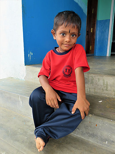 Satheesh-sponsor a child