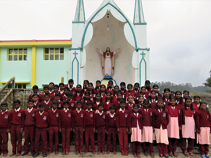 Local schools like to receive crèche graduates as they know school routines and are prepared academically. These are all former crèche children at a good convent school on scholarships.