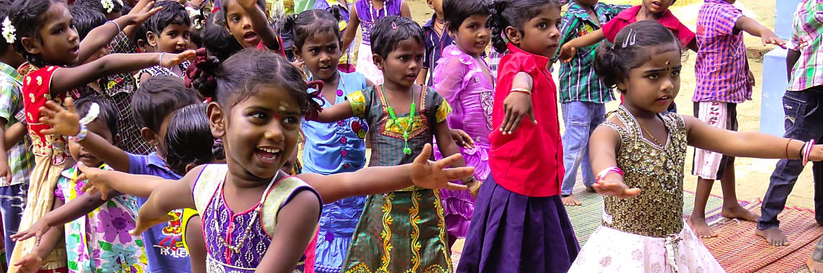 Help Kids India - kids playing